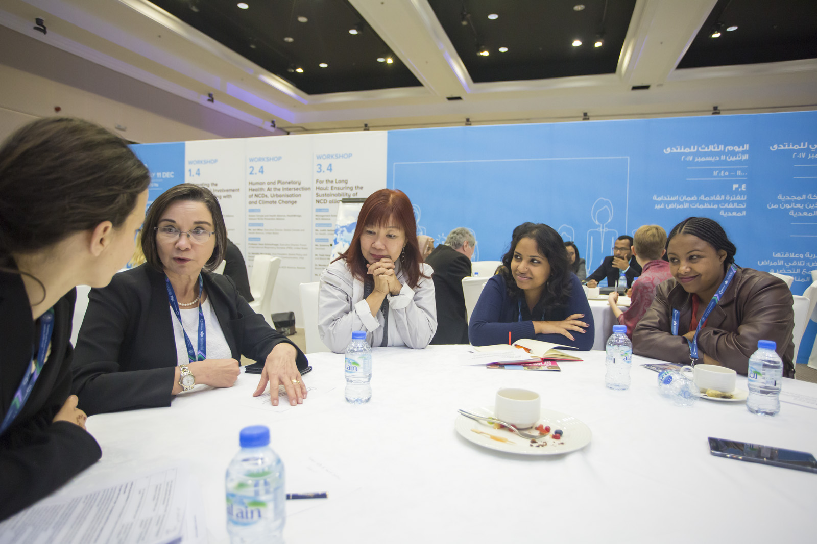 Vindhya Vatsyayan engaged in discussions during a workshop on promoting the meaningful involvement of people living with NCDs © Gilberto Lontro/NCD Alliance