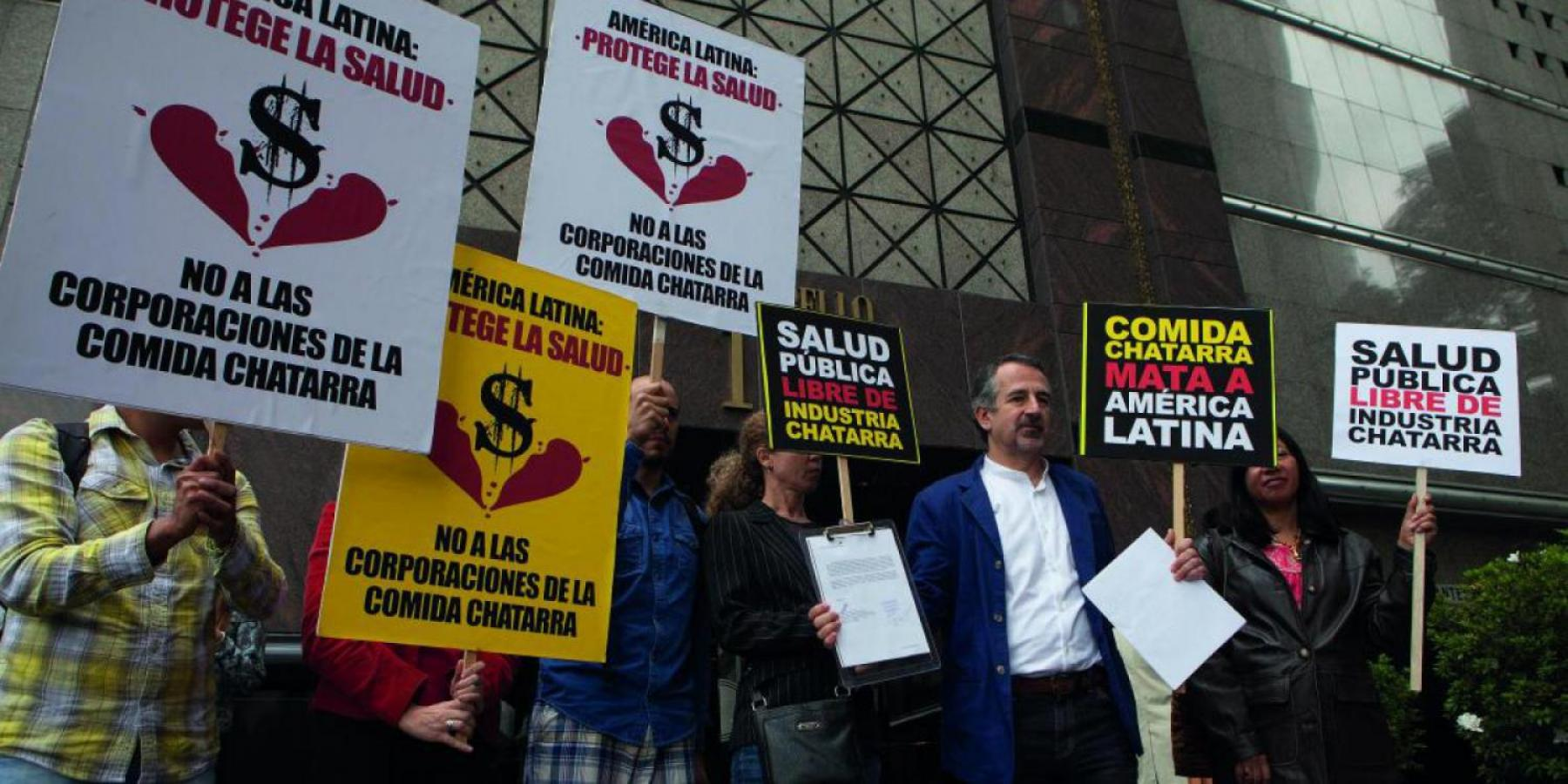 Public health advocates speak out against ultra-processed food industry in Mexico.