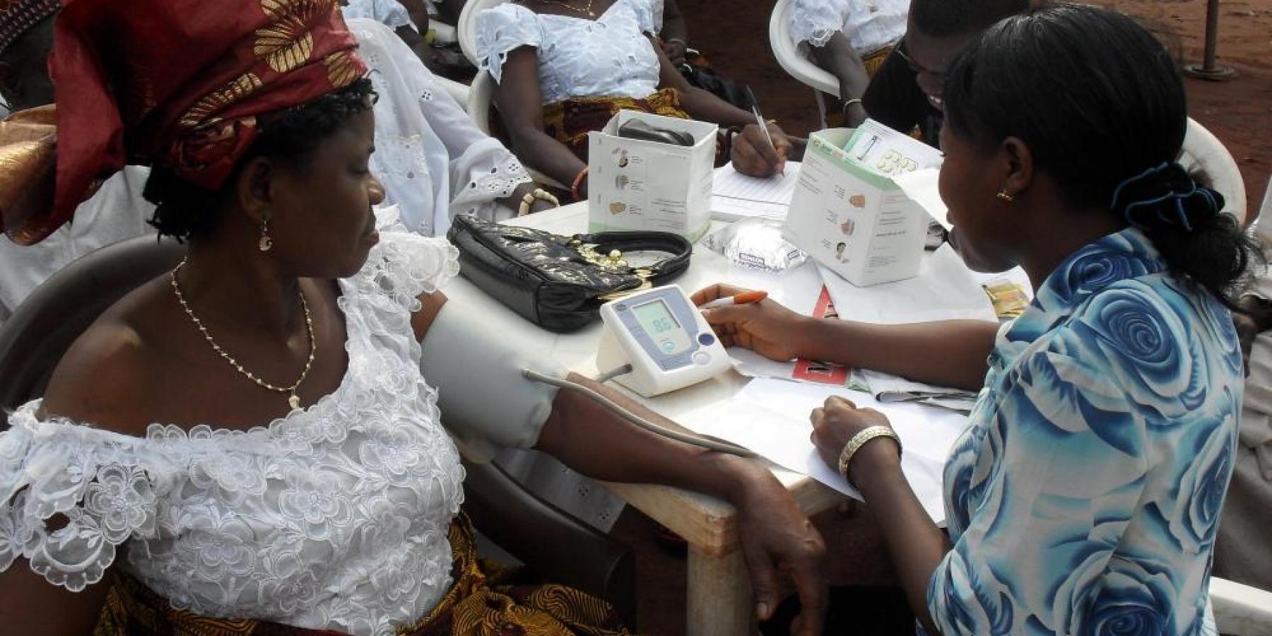 Community health workers © 2009 Vivian Ben Obiagwu_Bethel Viva Foundation, Courtesy of Photoshare
