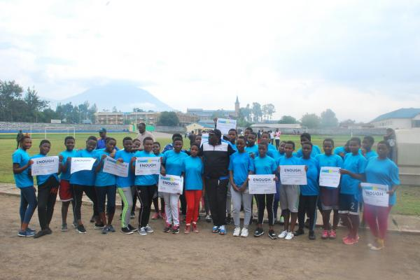Rwanda NCD Alliance had the governor of Rwanda North join youth and PLWNCDs during Car Free Day to promote health during 2019 Week for Action on NCDs