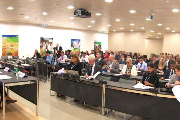public://news/02_b_WHA_NCDA_side_event.jpg