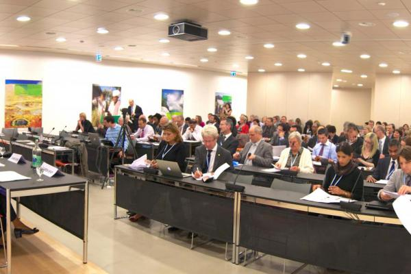 public://news/02_b_WHA_NCDA_side_event.jpg